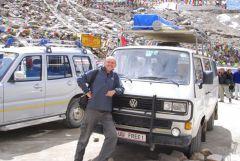 Mukti und Ganesha am Khardung La (5360m)