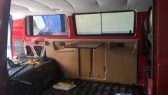 Einbau Multivan Verkleidung und Tisch. Davor isoliert mit Alubetyl und Armaflex.